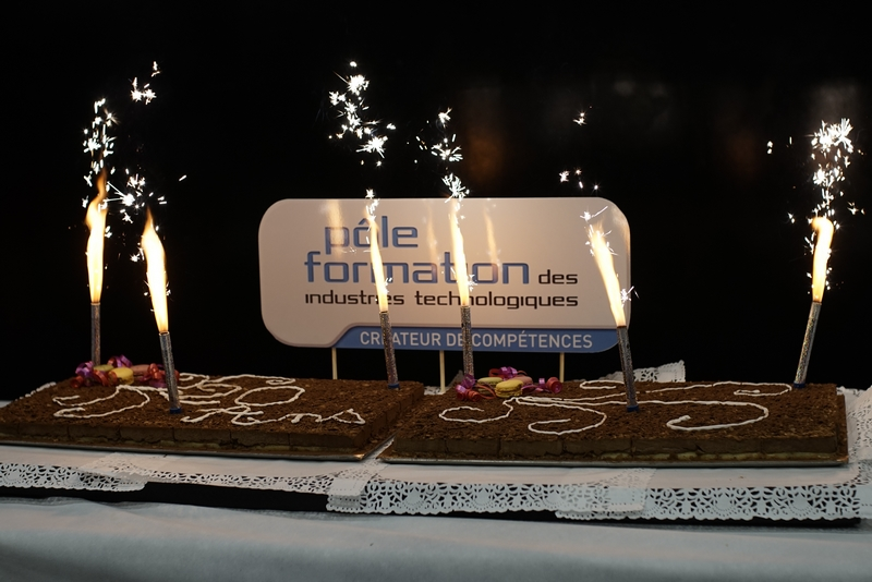 gâteau anniversaire 20 ans