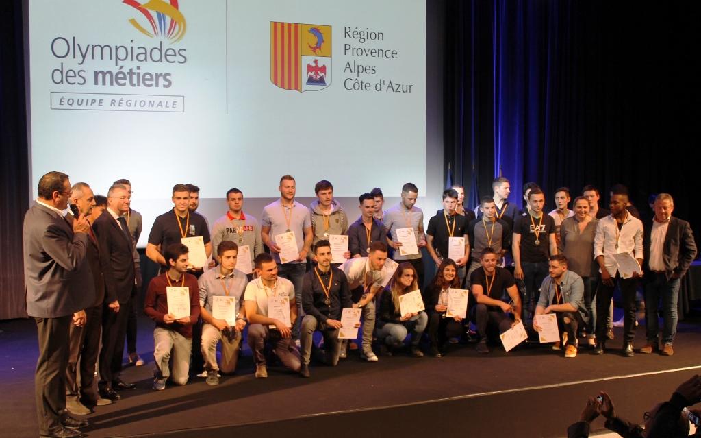 groupe finaliste olympiade des métiers